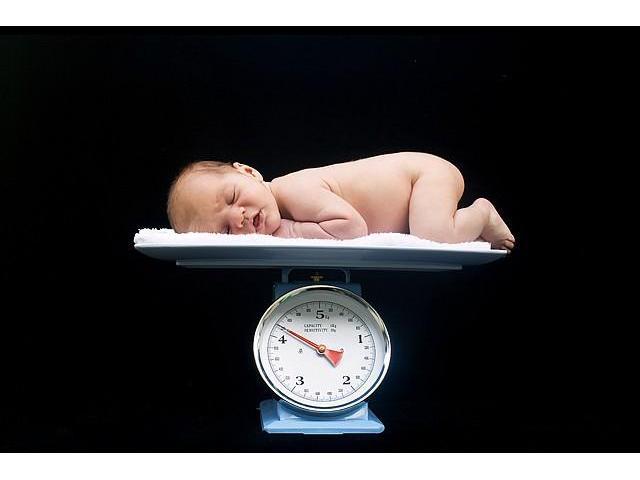 Mechanical Baby Weighing Scales in Uganda