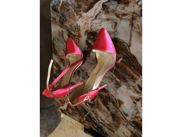 Lady's shoes & Bags Call +256784286700