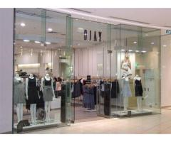 TOUGHENED FRAMELSS GLASS SHOP FRONTS(U)