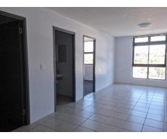 3 Bedroom Apartment in Wynberg